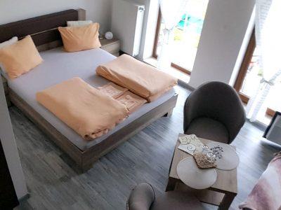 2-postelova-izba-01