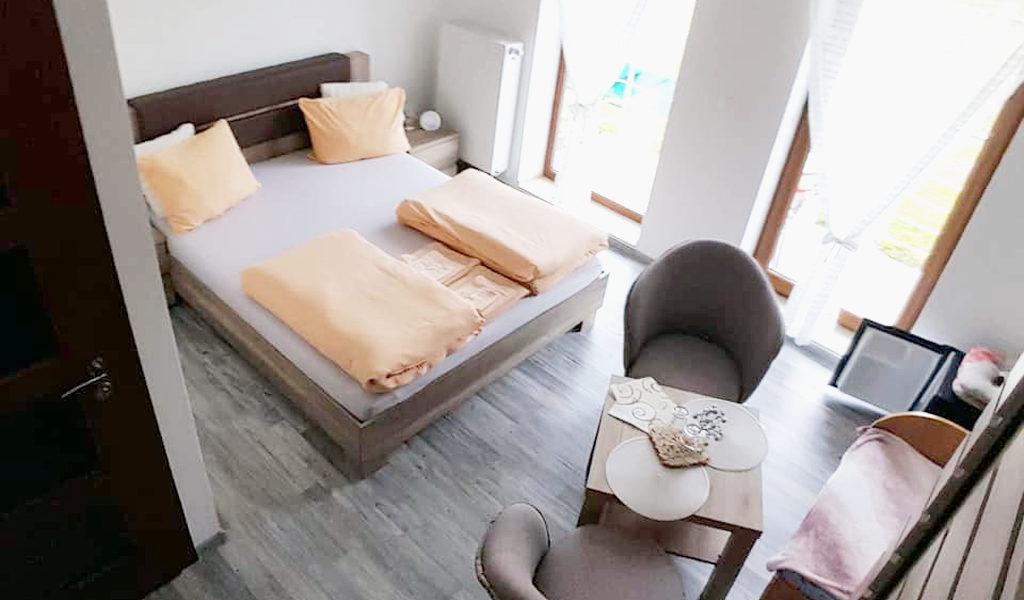 2-postelova-izba-02