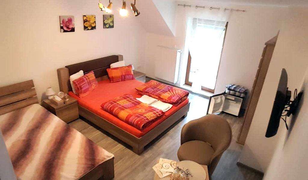 3-postelova-izba-02